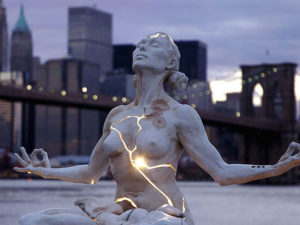10 Amazing Sculptures That Will Make You Go Wow